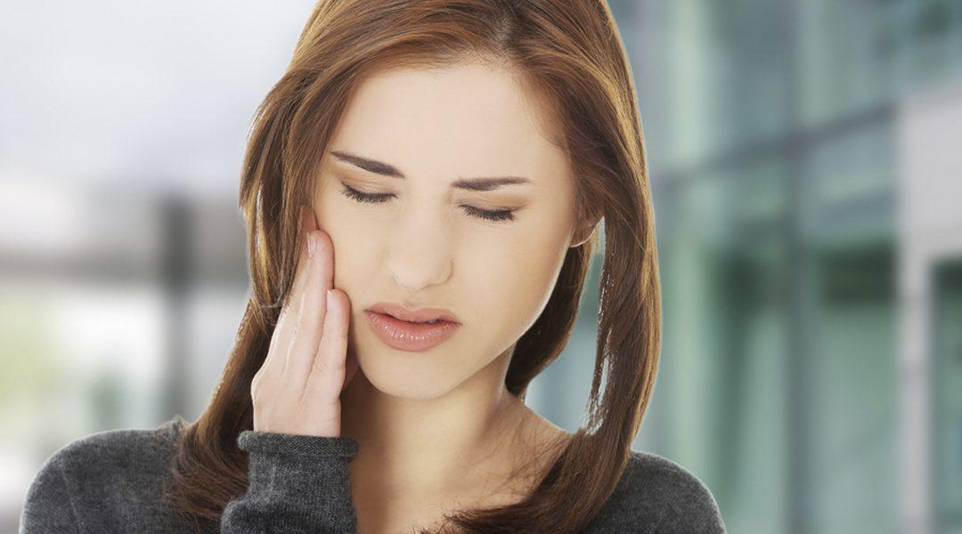 ¿Qué es la hipersensibilidad dental y qué factores la producen?